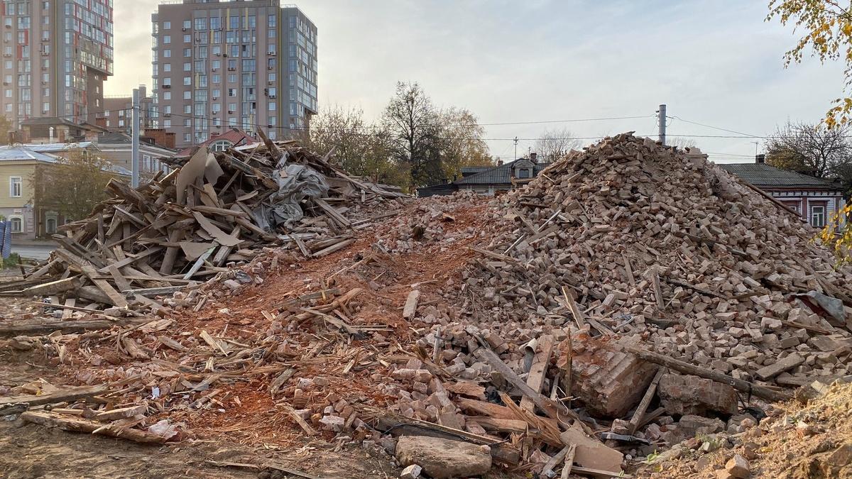 Исторический дом XIX века снесли на улице Ильинской - фото 1