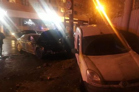 Иномарка влетела в компанию школьников в центре Нижнего Новгорода: 11 человек в больнице