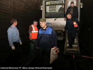 Нижегородский метрополитен показал фото эвакуации пассажиров