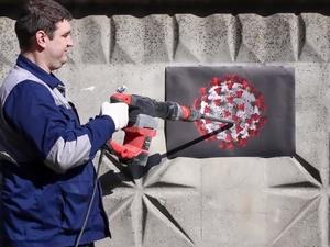 Нижегородские коммунальщики-креативщики «победили» коронавирус