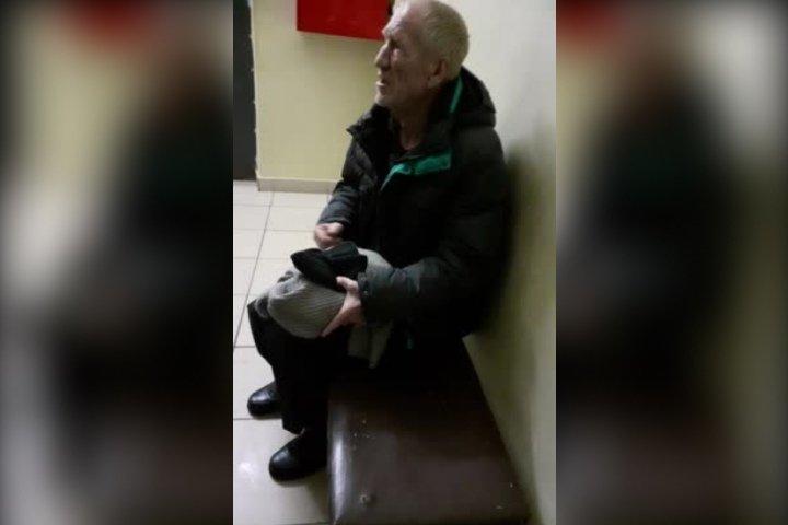 Бездомного с острой болью оставили пережидать ночь в холле Арзамасской больницы - фото 1