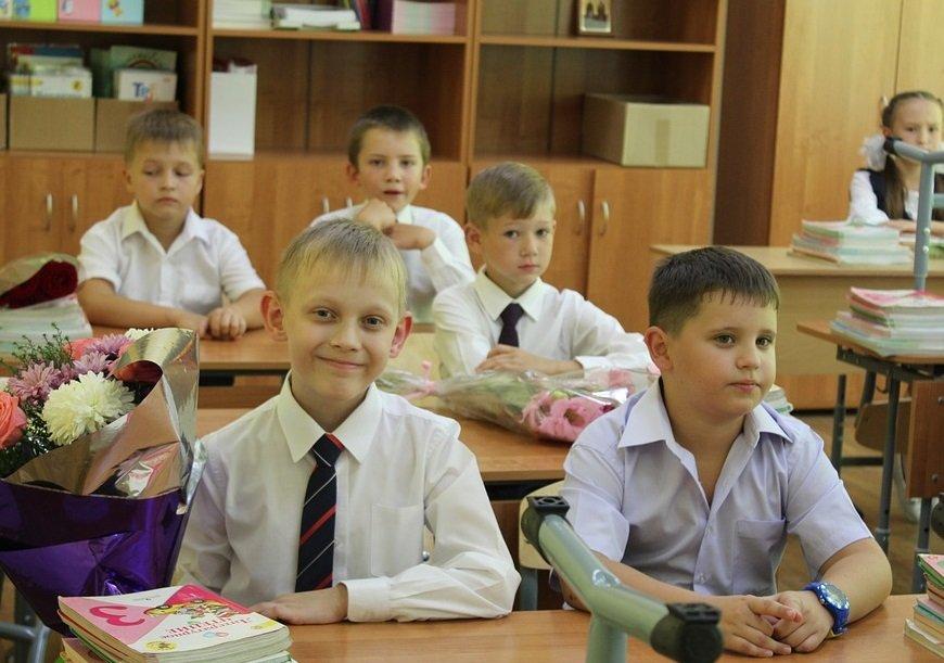 Депутаты думы Нижнего Новгорода изучат проект по адаптации первоклассников, представленный главой города - фото 1