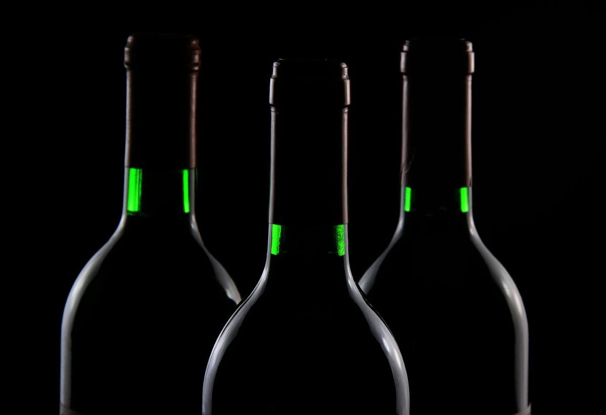 Почему пить алкоголь во время эпидемии коронавируса опасно - фото 1