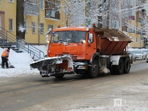 Более 600 тонн пескосоляной смеси высыпали на нижегородские дороги за ночь