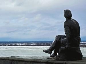Памятник Горькому на набережной Федоровского хотят отреставрировать в 2020 году