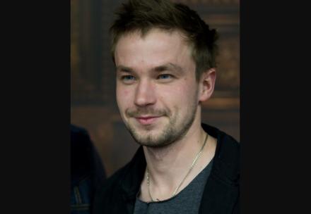 Шоу Александра Петрова #ЗАНОВОРОДИТЬСЯ в рамках фестиваля «Горький fest» будет платным