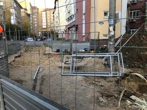 Разрытые траншеи и парящие трубы обнаружили в нижегородских дворах