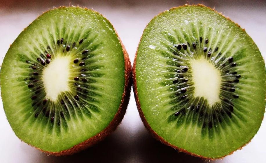 Семь овощей и фруктов, которые стоит покупать в декабре - фото 1