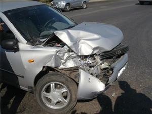 ВАЗ и «Дэу» лоб в лоб столкнулись в Автозаводском районе: оба водителя ранены