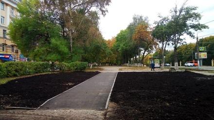 В Приокском районе отремонтировали тротуар и планируют установить фонтан