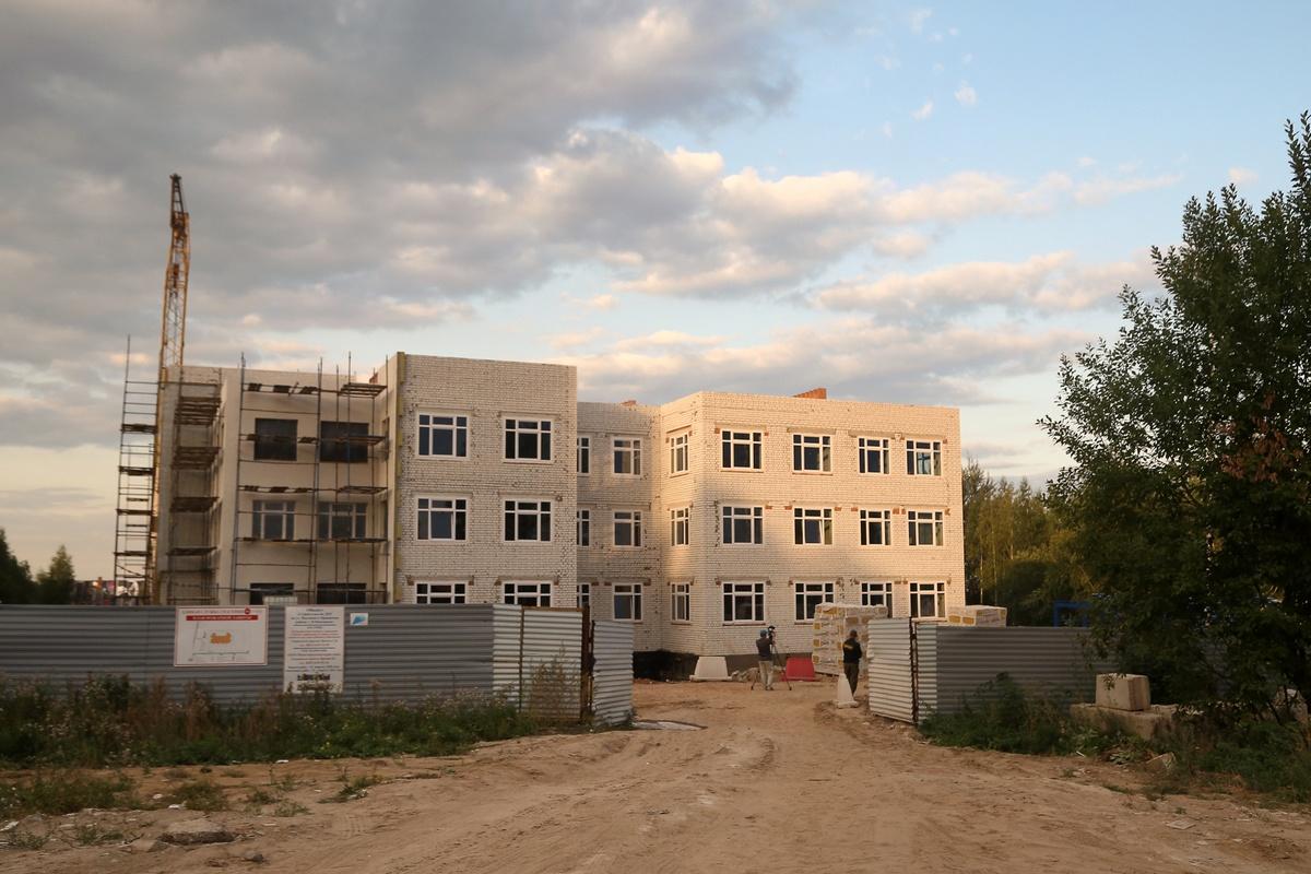 Строительство детского сада на улице Верховой завершено на 60% - фото 1