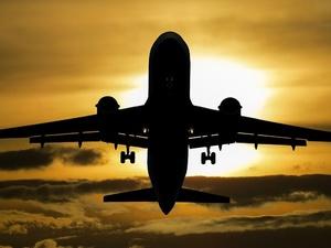 Россия возобновляет авиасообщение с Кубой, Японией и Сербией