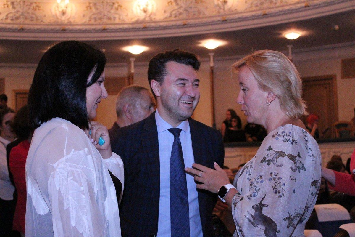 Автографы от звезд и награждение победителей: в Нижнем Новгороде завершился «Горький fest» - фото 12