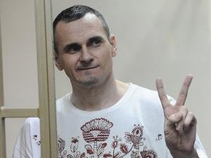 Отбывающий в России срок за терроризм украинец Олег Сенцов получил премию Сахарова