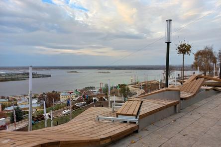 Благоустройство набережной Федоровского в Нижнем Новгороде завершено на 85%