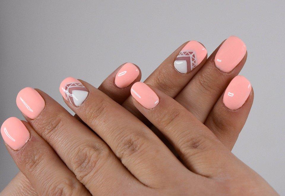 Как спасти свои ногти после снятия гель-лака - фото 1