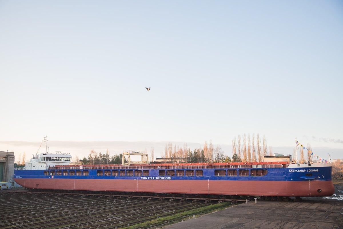 140-метровый сухогруз «Александр Соколов» спустили на воду - фото 2