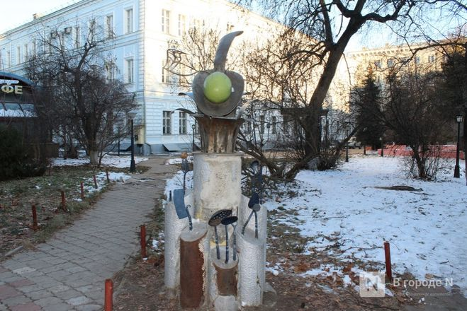 Галоши, ложка, объявление: памятники каким предметам установили в Нижнем Новгороде - фото 15