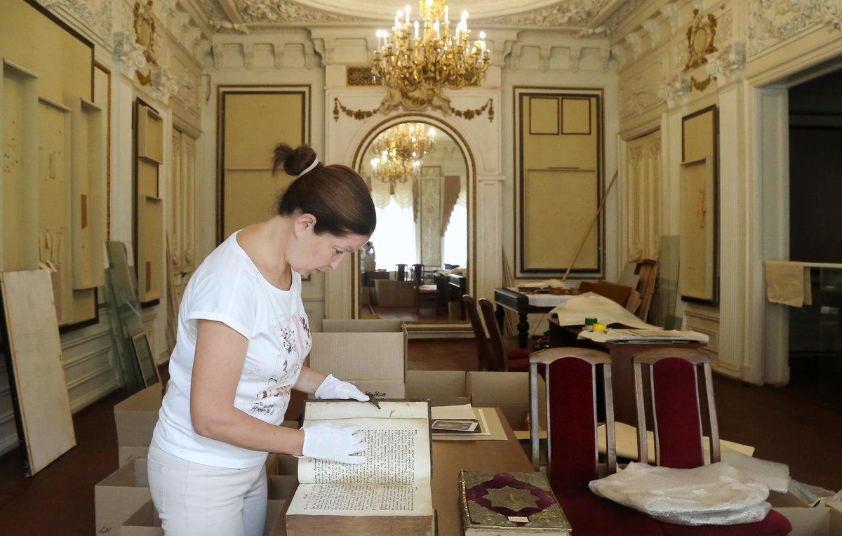 Эксперты проверили хранилище для экспонатов из музея Максима Горького - фото 3