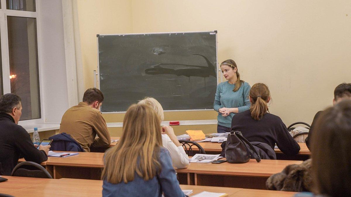 Языковые курсы в НГЛУ «Грамотность устной и письменной речи (русский язык)» собрали разновозрастную аудиторию - фото 1